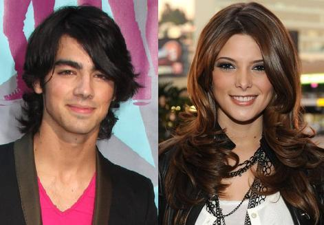 Joe Jonas and Ashley Greene Smiley Face Photo