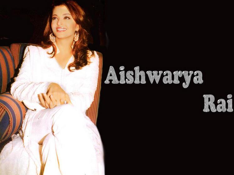 Gorgeous Diva Aishwarya Rai Wallpaper