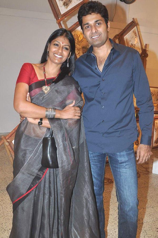 Nandita Das and Subodh Maskara Poses at An Art Show