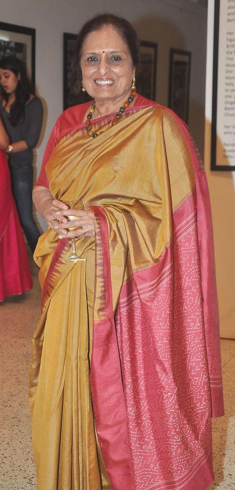 Sarayu Doshi In Saree at an Art Event