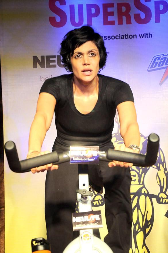 Mandira Bedi Spinning at Gold Gym India SuperSpin Challenge