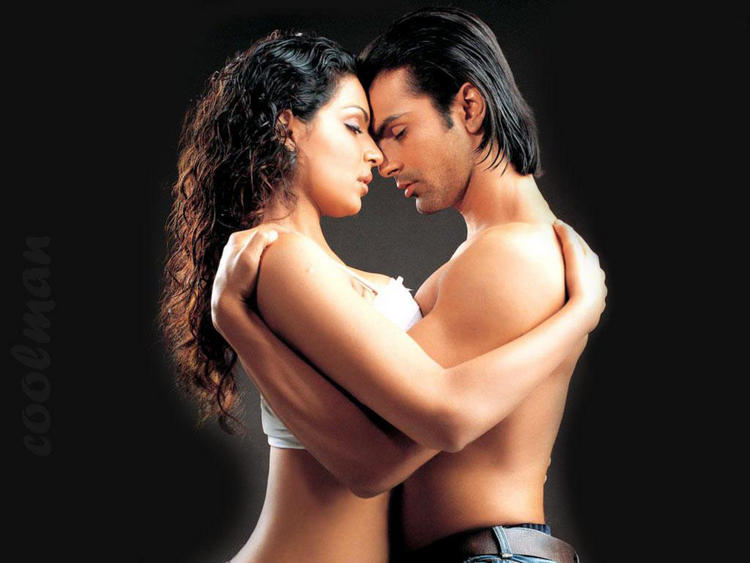 Sexy Meera with Ashmit Patel in Nazar
