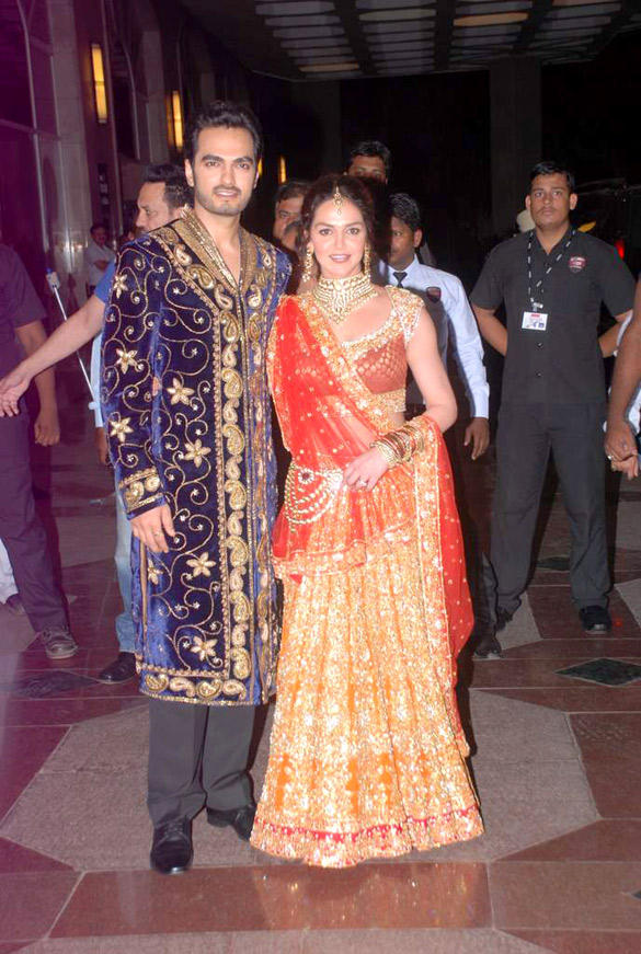 Esha Deol and Bharat Takhtani Gorgeous Pic at Their Sangeet Ceremony