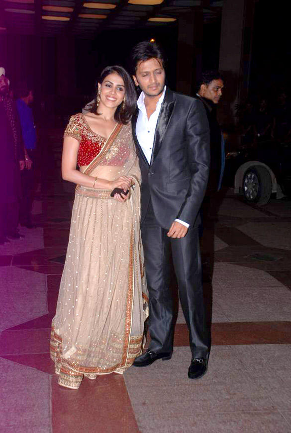 New Couple Riteish and Genelia Poses During Esha Deol Sangeet Ceremony