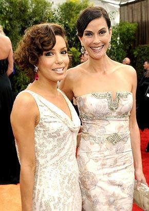 Eva and Teri Hatcher On Red Carpet