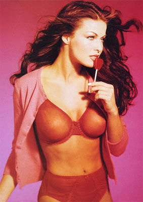 Teri Hatcher Sizzling Hot Stunning Pic