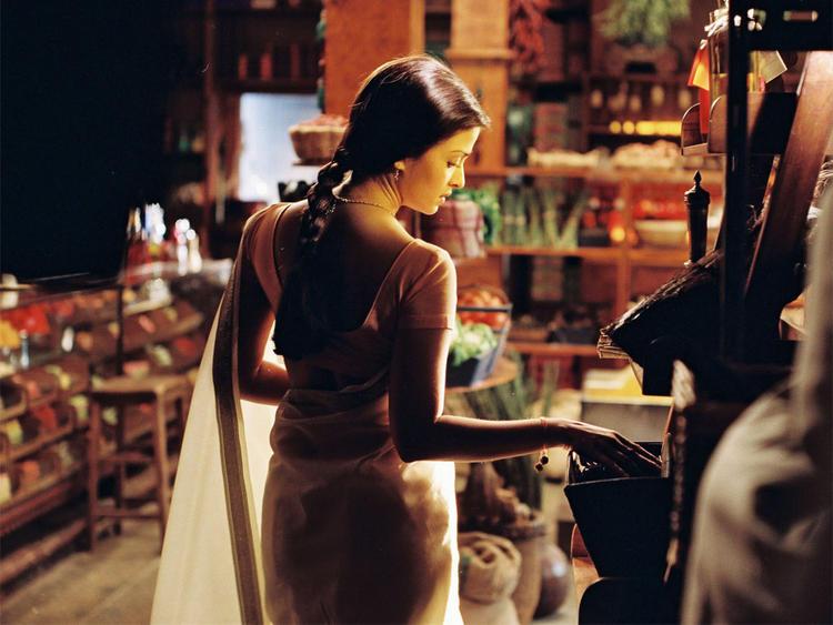 Aishwarya Rai in Saree Latest Pic