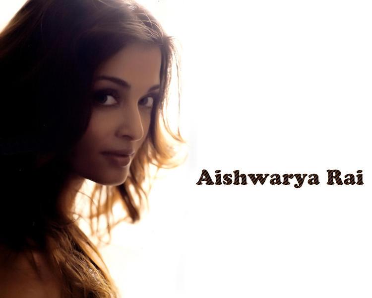Aishwarya Rai Sexy Look Still