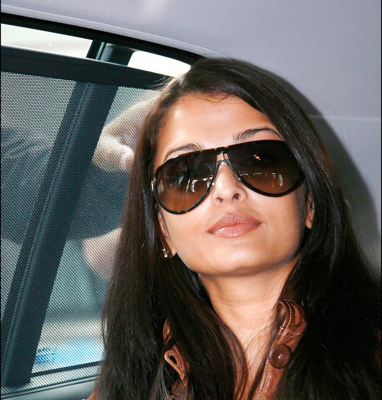 Aishwarya Stylist Sizzling Pic