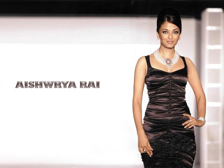 Aishwarya Rai Hot Gorgeous Still