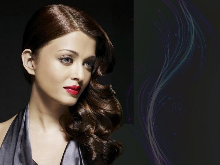 Aishwarya Rai Red Lips Beauty Awesome Face Still