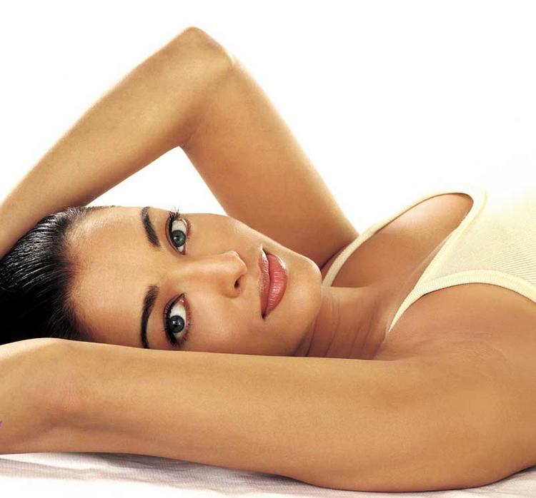 Aishwarya Rai Sizzling Hot Sexy Look Still