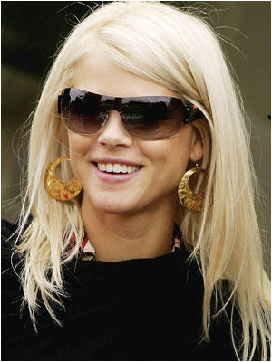 Elin Nordegren Stylist Look Wearing Goggles