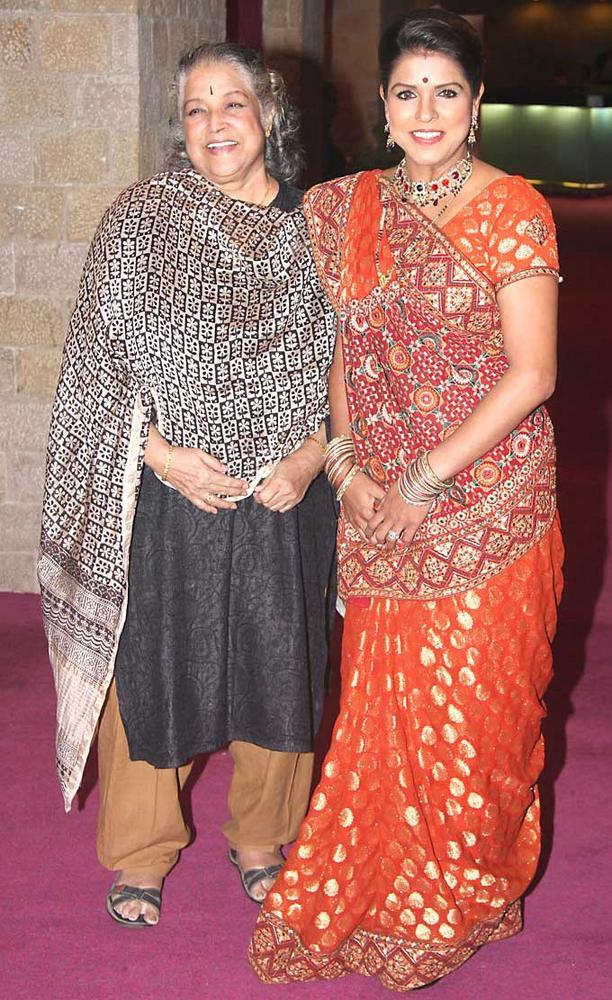 Shobha and Bhavana Latest Still at SAB TV Awards 2012