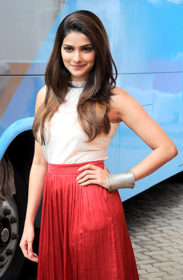 Prachi Desai Looks Stunning at Outside Mehboob Studio