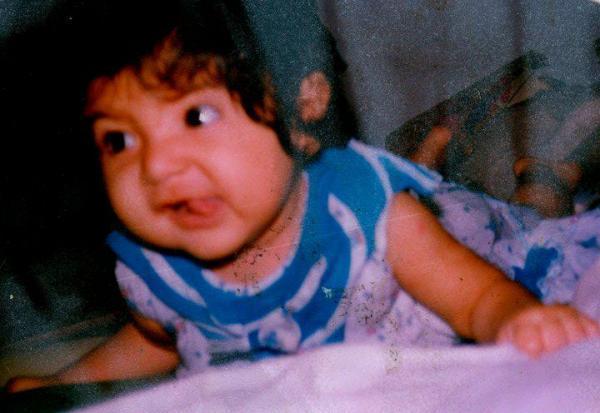 Sexy Icon Anushka Sharma Childhood So Cute Still