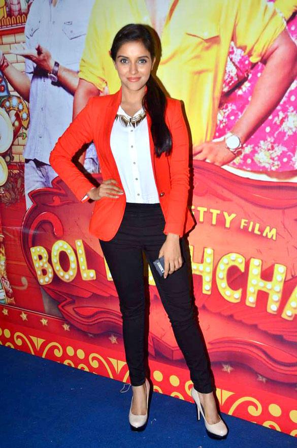 Asin Looks Sexy On The Sets Of Taarak Mehta Ka Ooltah Chashmah