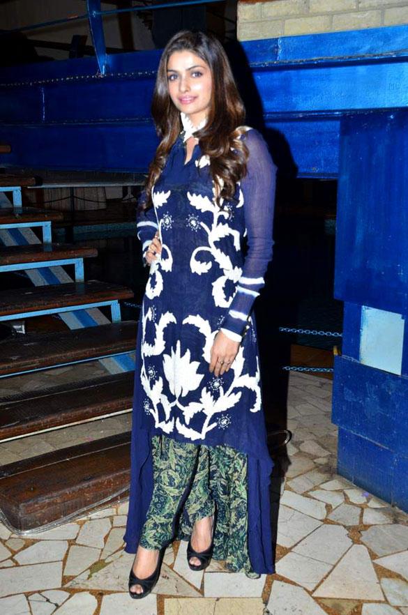 Prachi Desai Gorgeous Look at Taarak Mehta Ka Ooltah Chashmah