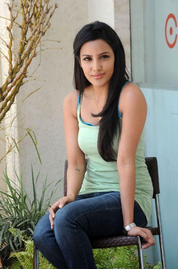 Actress Priya Anand in Jeans Photo