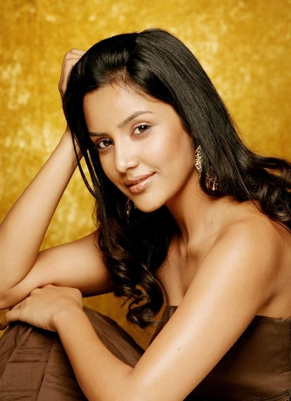 Priya Anand Sizzling Sweet Sexy Look Still