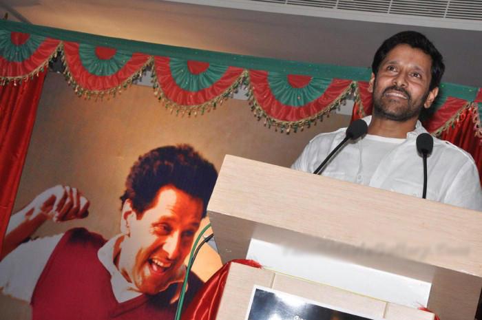 Deiva Thirumagan Press Meet Vikram Still
