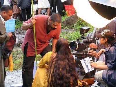 Vikram On The Sets Of Raavan