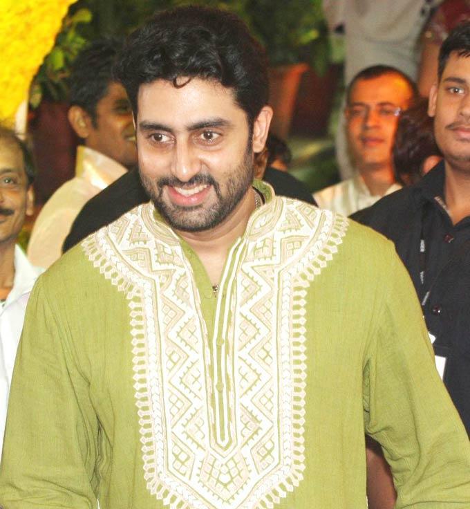 Abhi Spotted at Esha and Bharat Wedding Ceremony