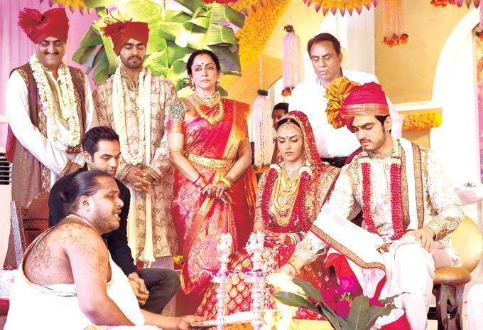 Esha Deol and Bharat Takhtani Wedding Photo