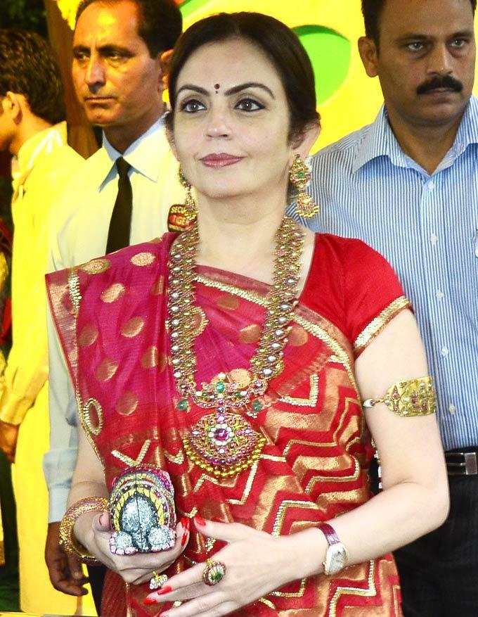 Neeta Ambani at Esha and Bharat Wedding Ceremony