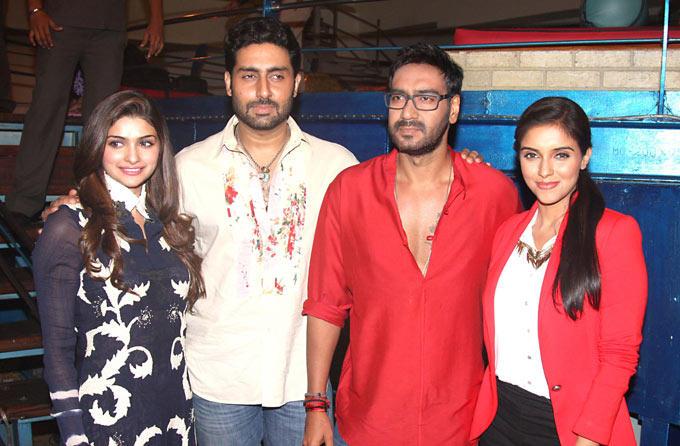 Ajay,Abhi,Prachi and Asin On The Sets Of Taarak Mehta Ka Ooltah Chashmah To Promote Their Film Bol Bachchan
