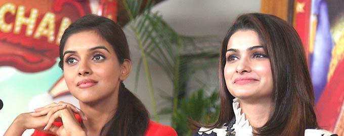 Asin and Prachi Promote Their Film On TV Serial Taarak Mehta Ka Ooltah Chashmah