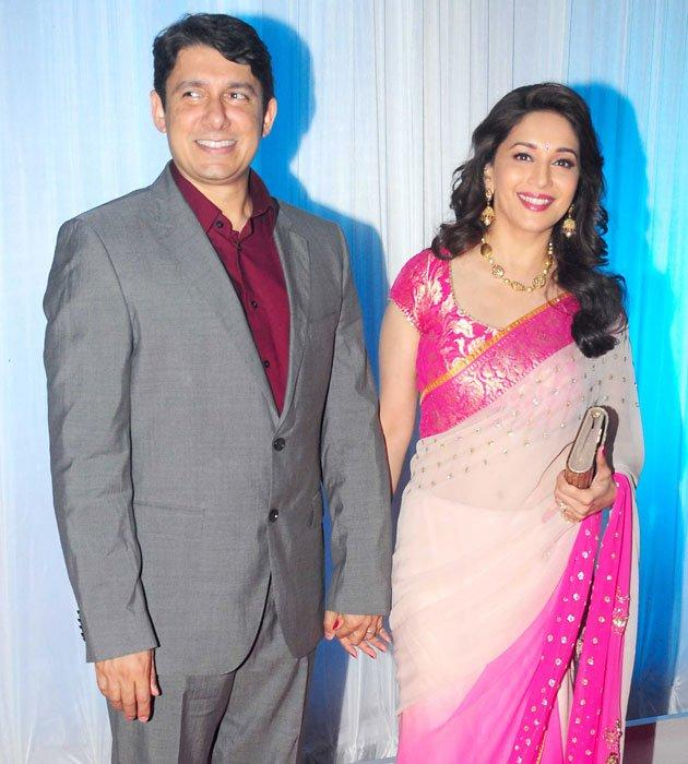 Madhuri Dixit With Hubby Shriram Nene at Esha's Reception