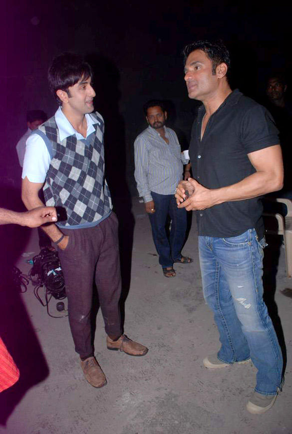 Ranbir Kapoor Snapped With Sunil Shetty