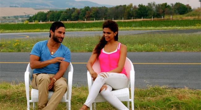 Saif and Deepika Interview for Cocktail