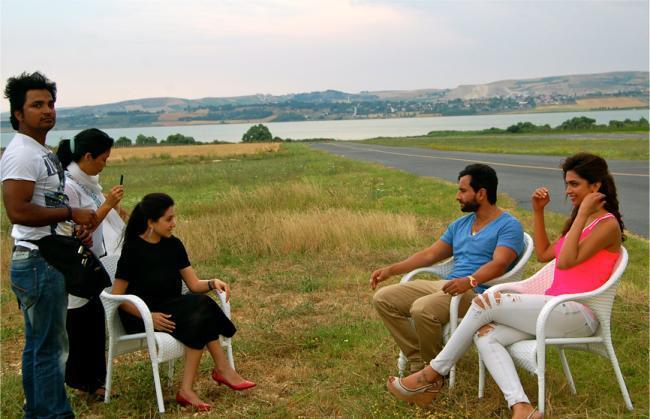 Saif and Deepika Talk To Anupama Chopra About Cocktail