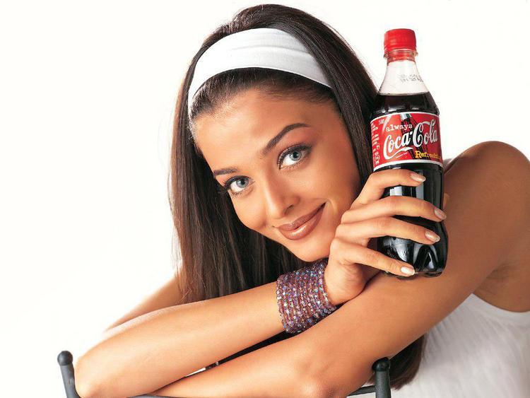 Aishwarya Rai Coca Cola Ad Cute Still