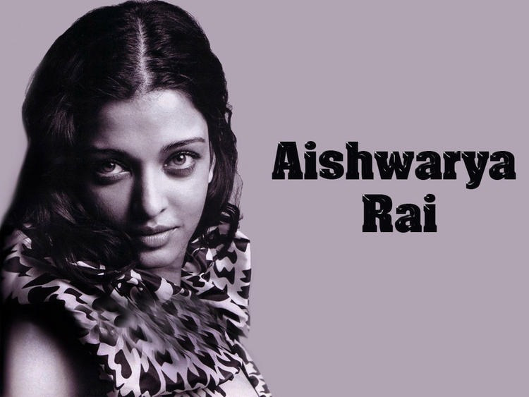 Aishwarya Rai Pretty Look Wallpaper
