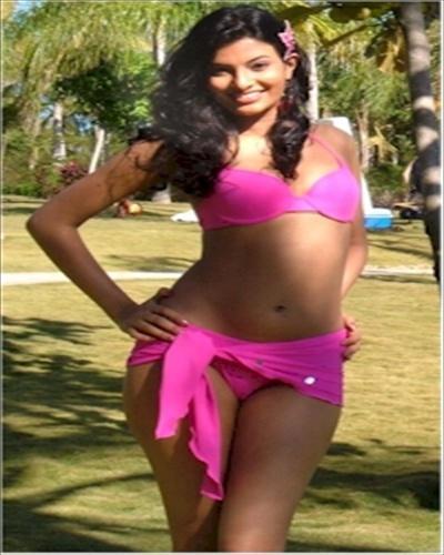 Sayali Bhagat Rose Color Bikini Stunning Pic