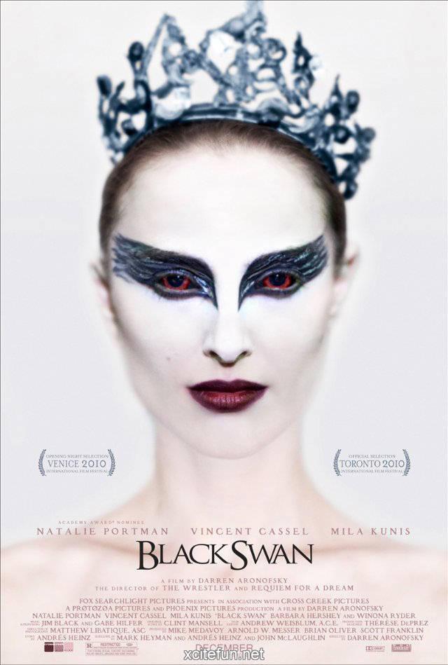 Natalie Portman Look In Black Swan Movie