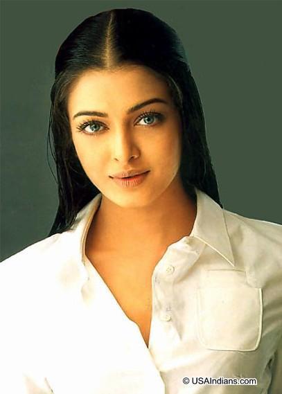 Aishwarya Rai Romantic Face Look Still