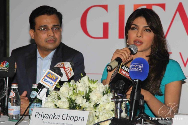 Priyanka Speaks During Press Conference For Gitanjali Jewellery