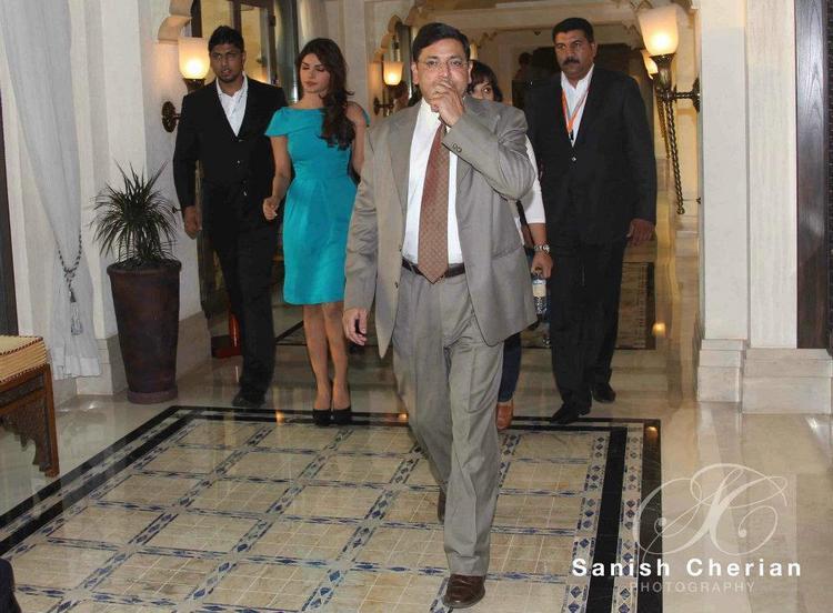 Priyanka Spotted at Gitanjali Jewellery Press Conference