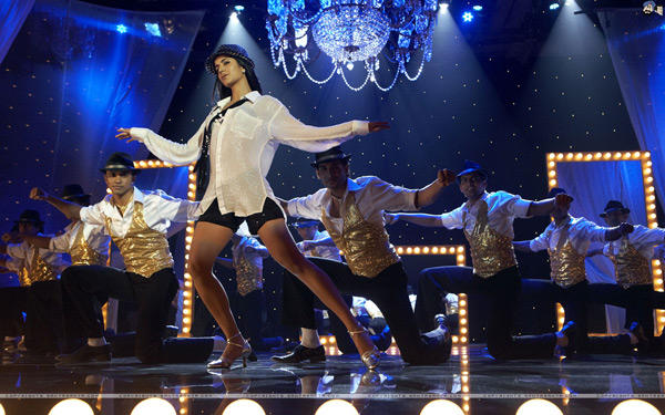 Sheela Ki Jawani Item Song Katrina Still In Tees Maar Khan
