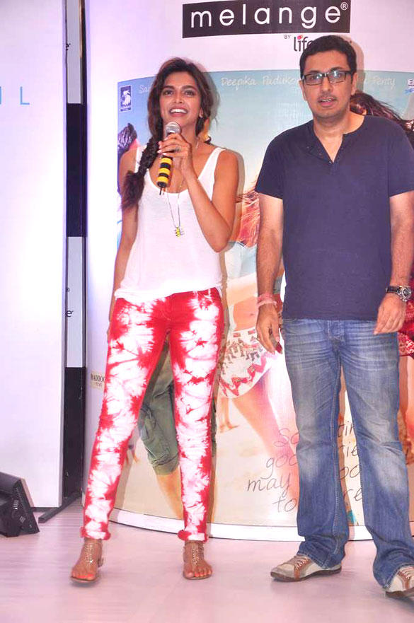 Deepika at Launch of Melange Lifestyle Ethinic Look For Cocktail