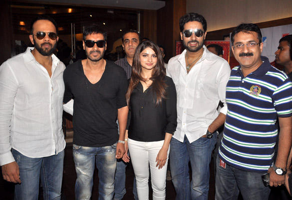 Cast of 'Bol Bachchan' meet fans at Fame Inorbit Mall
