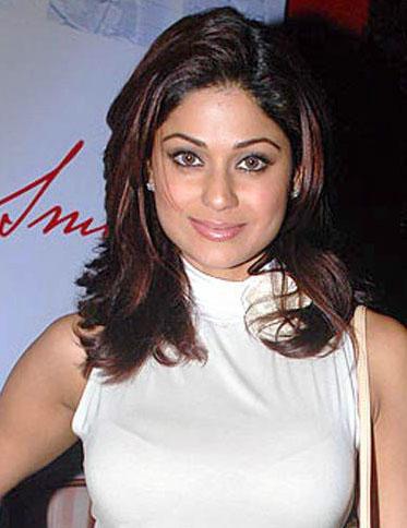Shamita Shetty Glamour Sweet Look Still