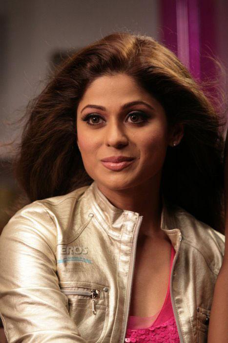 Shamita Shetty On Romantic Face Look Still