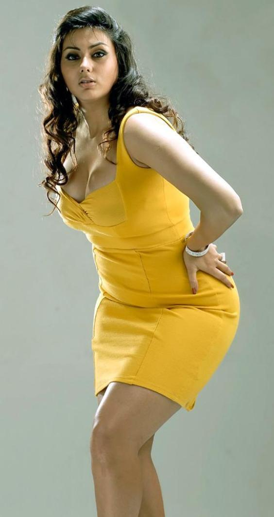 Namitha Kapoor In Yellow Dress Spicy Photo