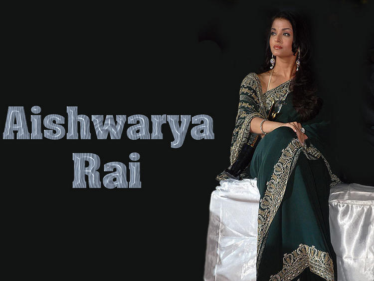 Aishwarya Rai Green Saree Latest Wallpaper