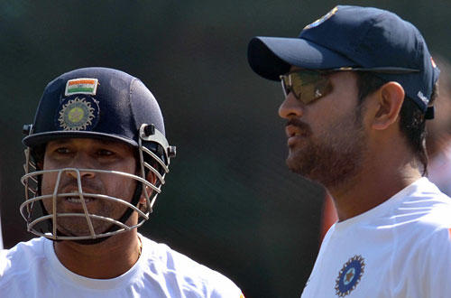 Sachin Tendulkar and M S Dhoni On Field